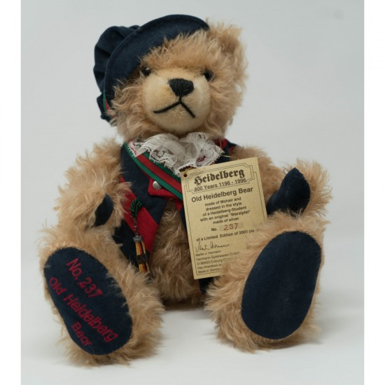 """""""Old Heidelberg""""  Collectible Teddy Bear by Hermann Made in Germany"""